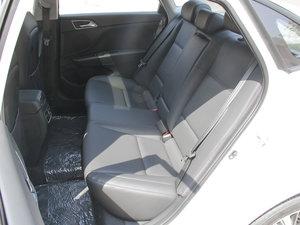 2017款1.8L 自动尊贵型DLX 后排座椅