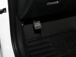2017款1.6T 自动智能型GLS 驻车制动器