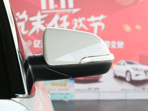 2017款1.6L 自动智能型 后视镜