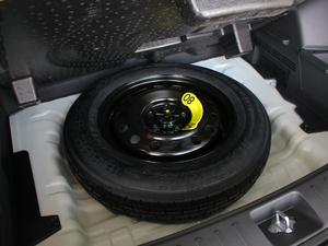 2018款2.0L 自动两驱智勇畅联版 备胎
