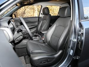 2018款2.0L 自动四驱智勇旗舰版 前排座椅
