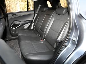 2018款2.0L 自动四驱智勇旗舰版 后排座椅