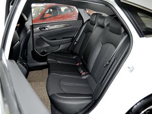 2018款2.0L 自动智联版 后排座椅