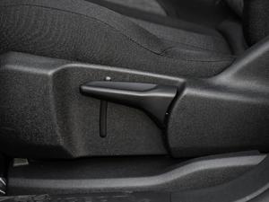2019款350THP 领先版 5座 座椅调节