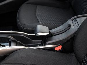 2017款1.6L 自动舒适版 驻车制动器