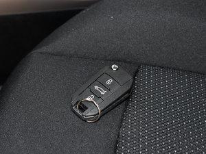 2017款1.6L 自动舒适版 钥匙