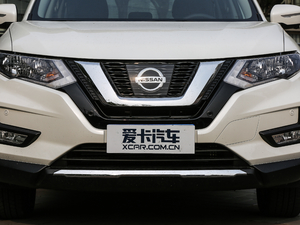 2019款2.5L CVT四驱智联至尊版 中网