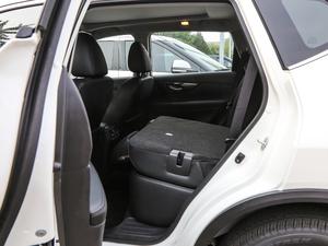 2019款2.5L CVT四驱智联至尊版 后排座椅放倒