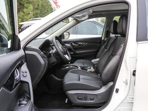 2019款2.5L CVT四驱智联至尊版 前排空间