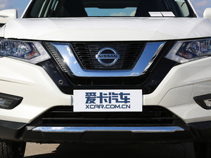 2019款2.5L CVT四驱智联豪华版 中网