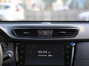 2019款2.5L CVT四驱智联豪华版 空调出风口