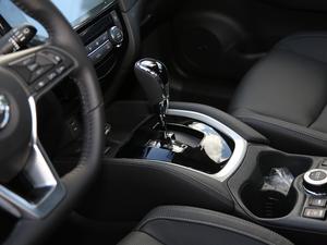 2019款2.5L CVT四驱智联豪华版 变速挡杆
