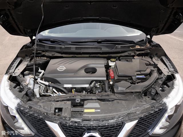 发动机舱配图为逍客2.0L车型仅供参考。