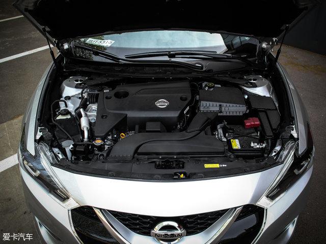 西玛所搭载的2.5L发动机最大功率为137kW(186Ps),最大扭矩234Nm。