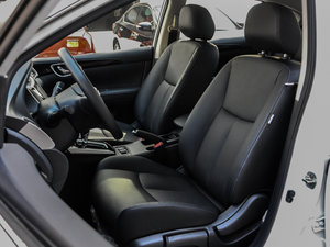 2016款1.6XV CVT智尊版 前排座椅