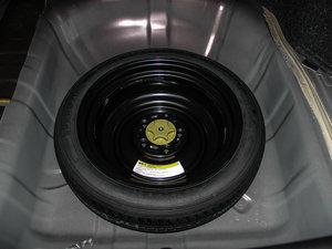 2016款1.8XV CVT智尊版 备胎