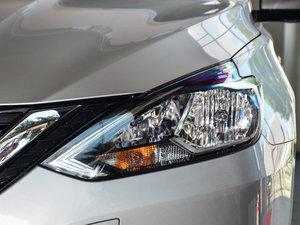 2016款1.6XE 手动舒适版 头灯