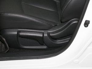 2016款1.6XL CVT豪华版 座椅调节
