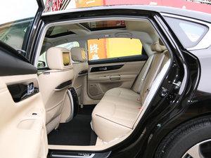 2016款公爵 2.5L XV-VIP旗舰版 后排空间