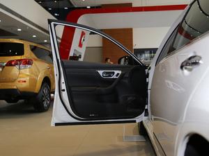 2016款公爵 2.5L XV 尊享版 驾驶位车门