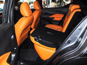 2017款1.5L XV TOP CVT智领版 后排座椅放倒