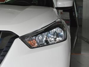 2017款1.5L XL CVT酷享版 头灯