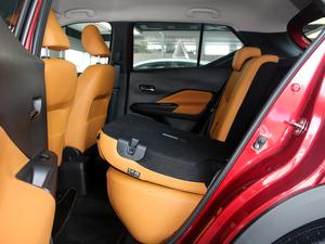2017款1.5L XV CVT智行版 后排座椅放倒