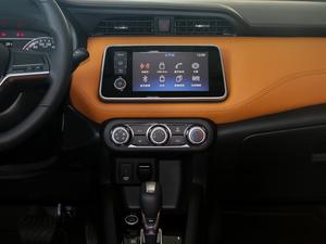 2017款1.5L XV CVT智行版 中控台