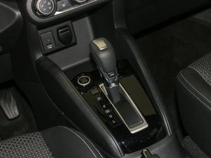 2017款1.5L XV CVT智行版 变速挡杆