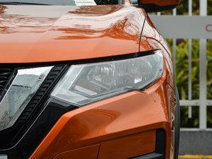2017款2.5L CVT四驱领先版 7座 头灯