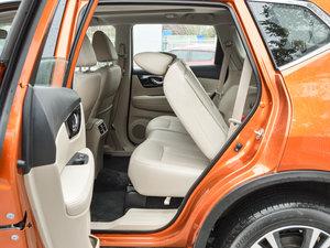 2017款2.5L CVT四驱领先版 7座 后排座椅放倒