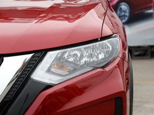 2017款2.5L CVT四驱豪华版  头灯