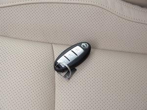 2017款2.5L CVT四驱豪华版  钥匙