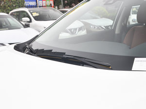 2017款2.5L CVT四驱至尊版  雨刷