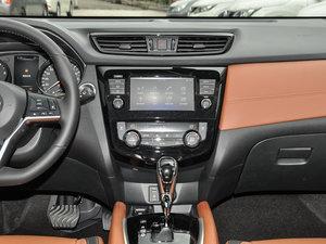 2017款2.5L CVT四驱至尊版  中控台