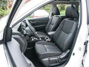 2017款2.0L CVT两驱舒适版  前排座椅