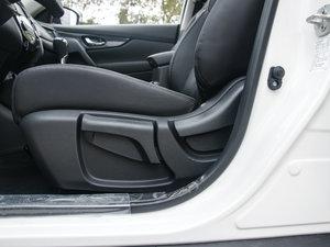 2017款2.0L CVT两驱舒适版  座椅调节