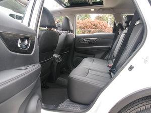 2017款2.0L CVT两驱舒适版  后排空间