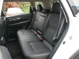 2017款2.0L CVT两驱舒适版  后排座椅