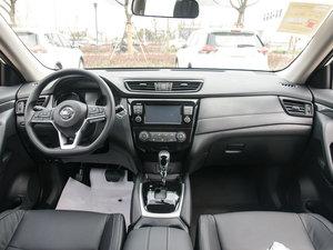 2017款2.0L CVT两驱舒适版  全景内饰