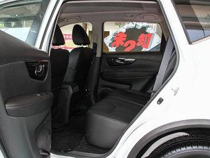 2017款2.5L CVT四驱豪华版  后排空间
