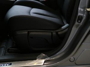2018款1.6XV+ CVT智尊版 座椅调节