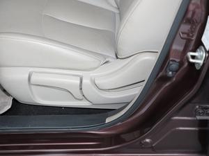 2018款1.8XV CVT智尊版 座椅调节