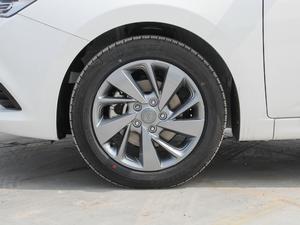 2018款1.6L 自动智享版 轮胎
