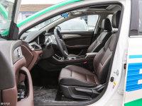 空间座椅逸动EV前排空间