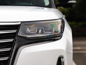 2019款2.0T 四驱尊贵型 头灯