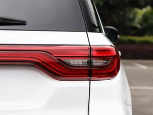 2019款2.0T 四驱尊贵型 尾灯
