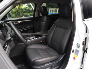 2019款2.0T 四驱尊贵型 前排座椅