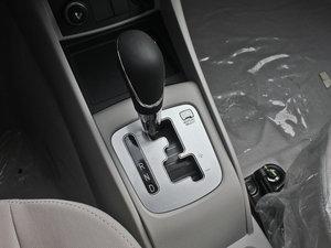 2012款1.5L 自动运动版 变速挡杆