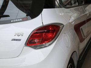 2015款1.4L 手动尊贵版 国V 尾灯